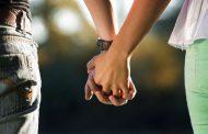 अगर हाथ से हाथ मिले, दिल से दिल मिले , तो दर्द होगा दूर : नई स्टडी