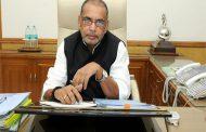 कृषि मंत्री राधामोहन सिंह की कार पर कांग्रेस कार्यकर्ताओं ने फेंके अंडे