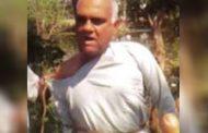 नाराज लोगों ने BJP नेता को पेड़ से बांधकर पीटा